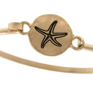 Jewelry - Starfish etched disk bangle bracelet - Gold